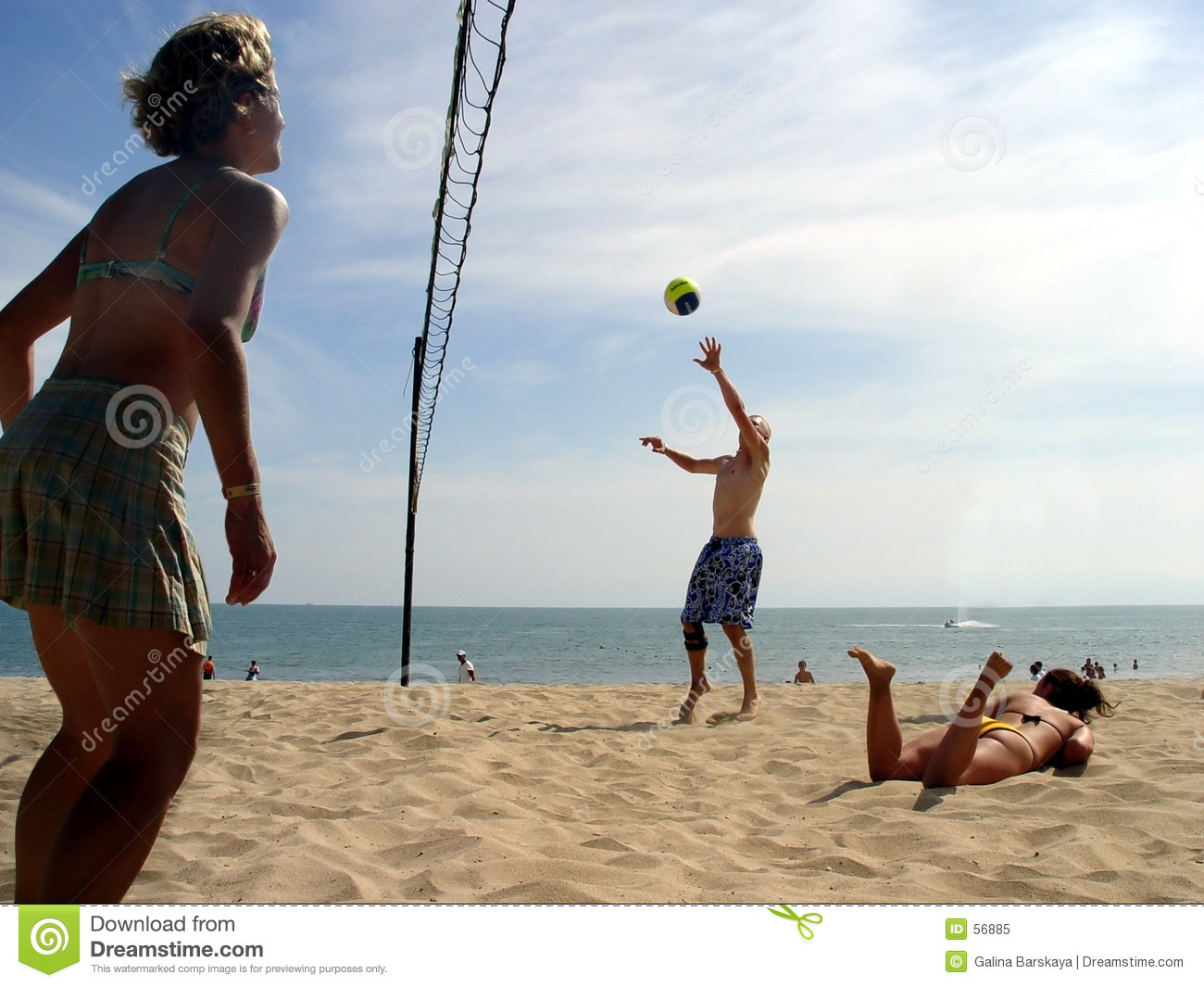 Download Volleyball de plage image stock. Image du types, occasionnel - 56885