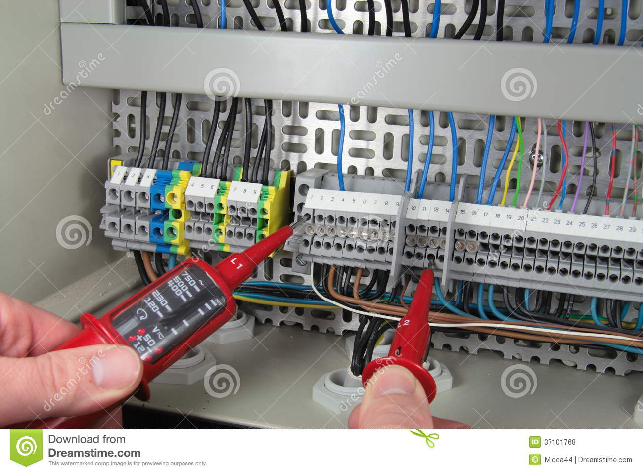 Measuring Electrical Panels : Voltage metering royalty free stock photos image