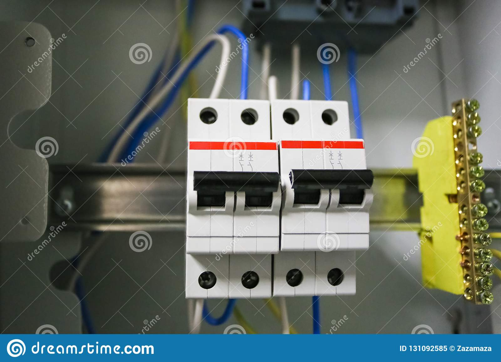 Voltage Switchboard 220 Volt, Electrical Cables With Modern Circuit on circuit breaker box, circuit board wiring, circuit breaker wiring diagram,