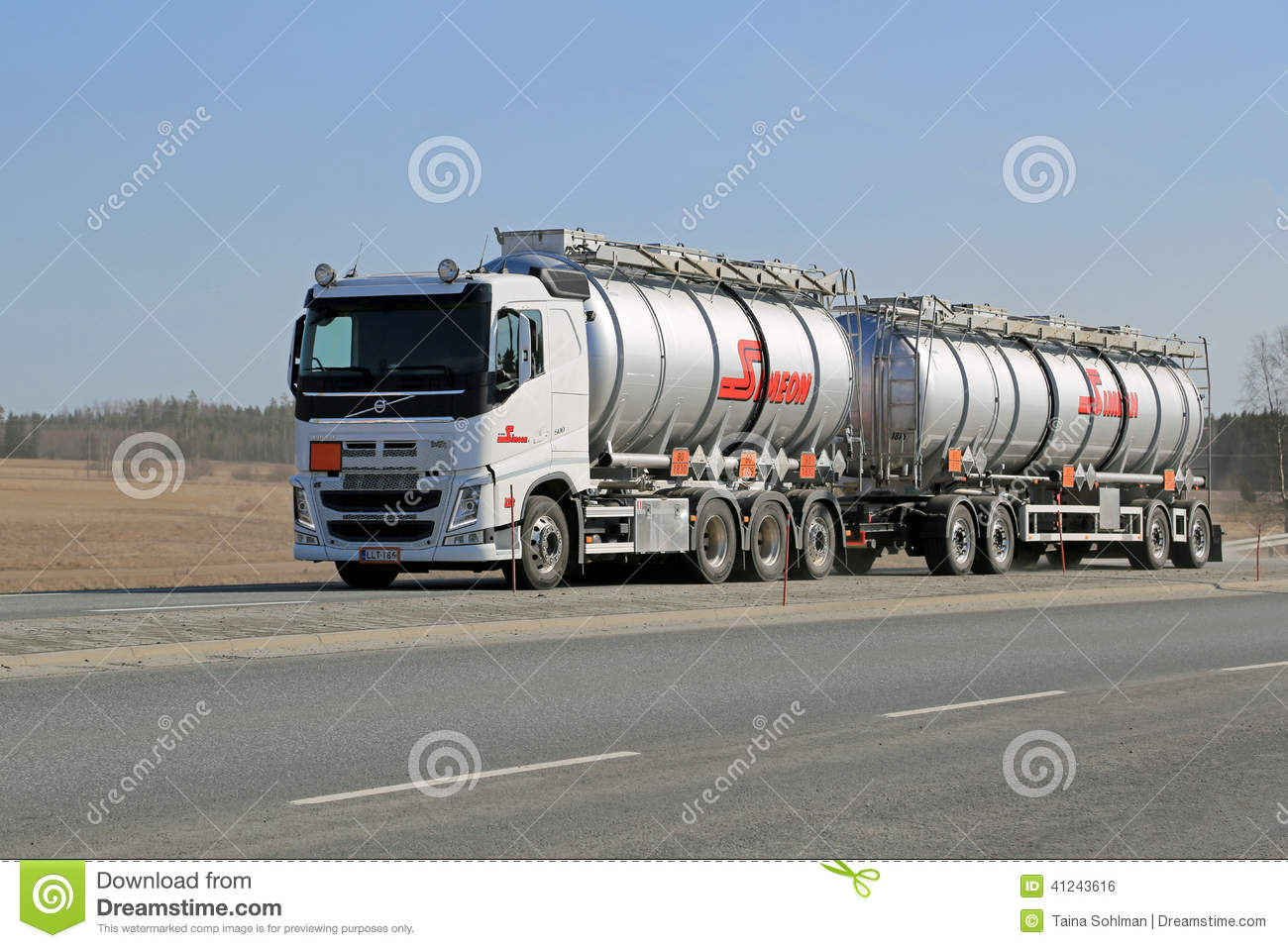 Tractor With Tanker : Tractor trailer tanker truck editorial photo