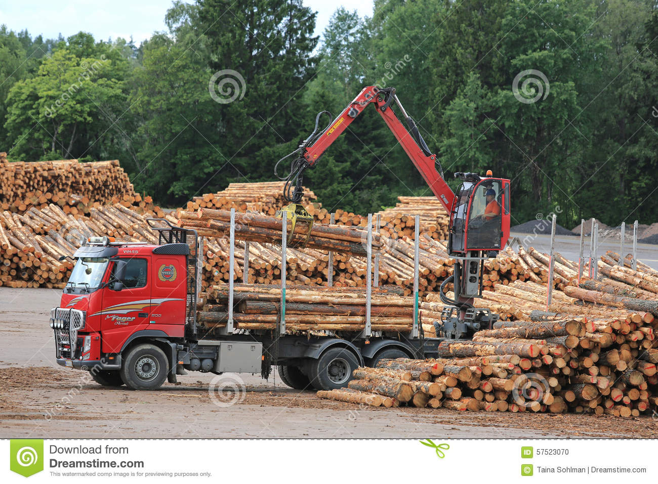 Volvo FH Truck Unloads Logs At Lumber Yard Editorial Image - Image: 57523070