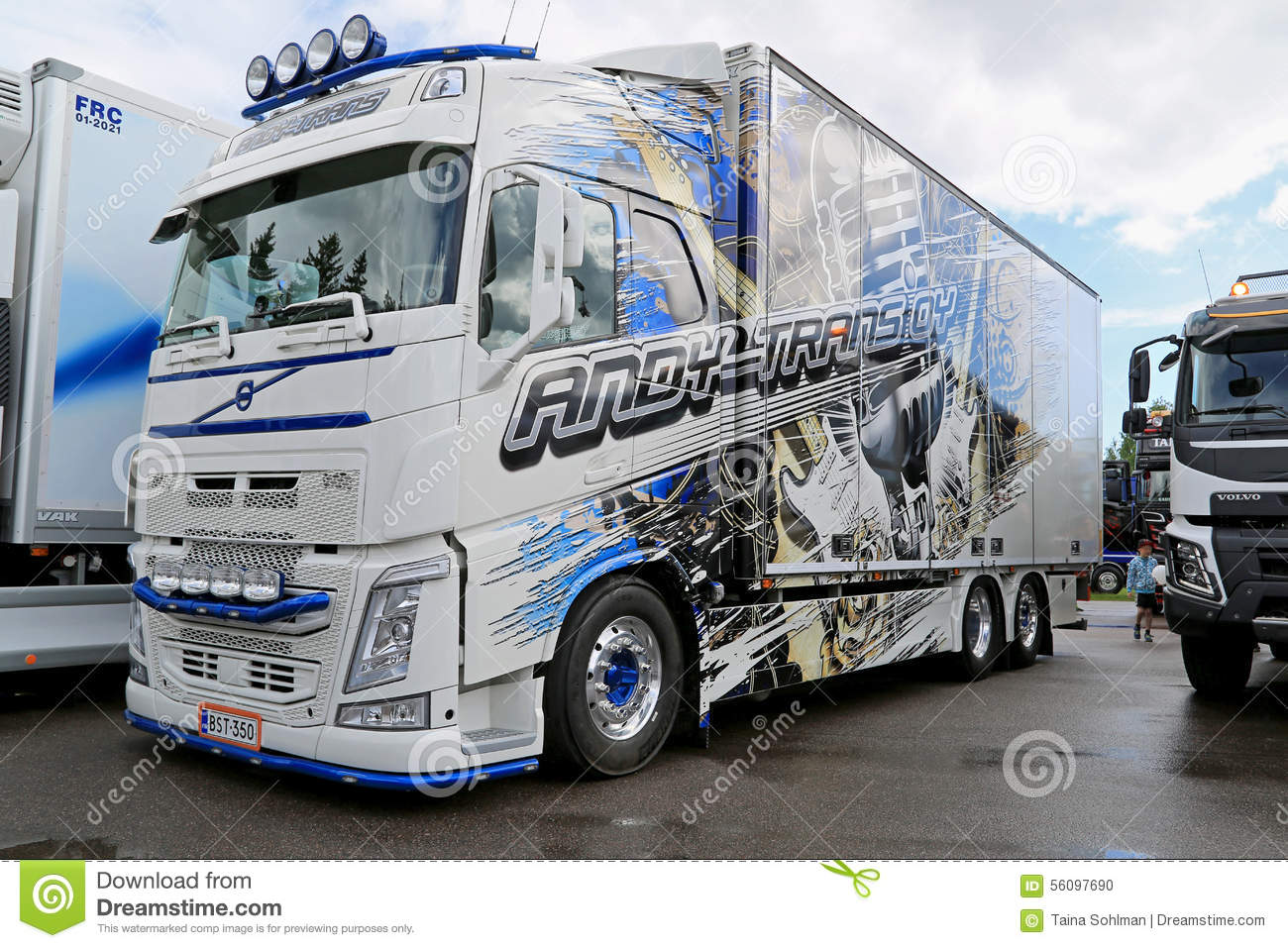 Volvo Truck Of Andy Trans Oy At Riverside Truck Meeting Editorial Image - Image: 56097690