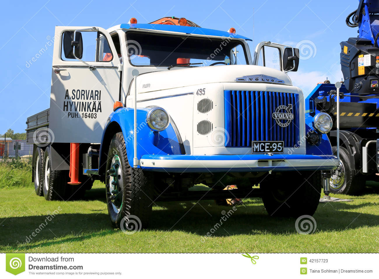 Volvo 495 Vintage Truck In A Show Editorial Stock Photo - Image of ...