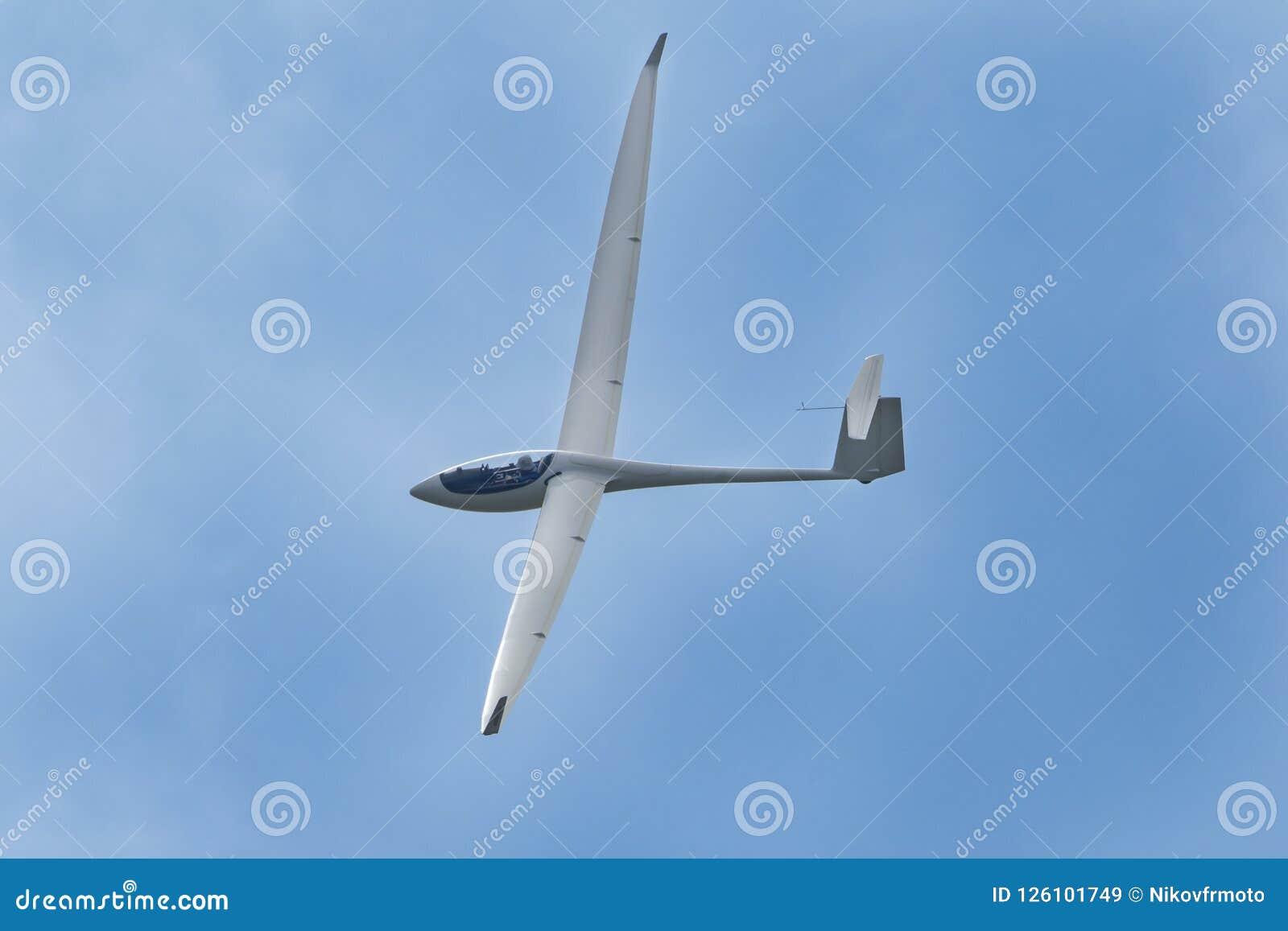 Voo plano do planador