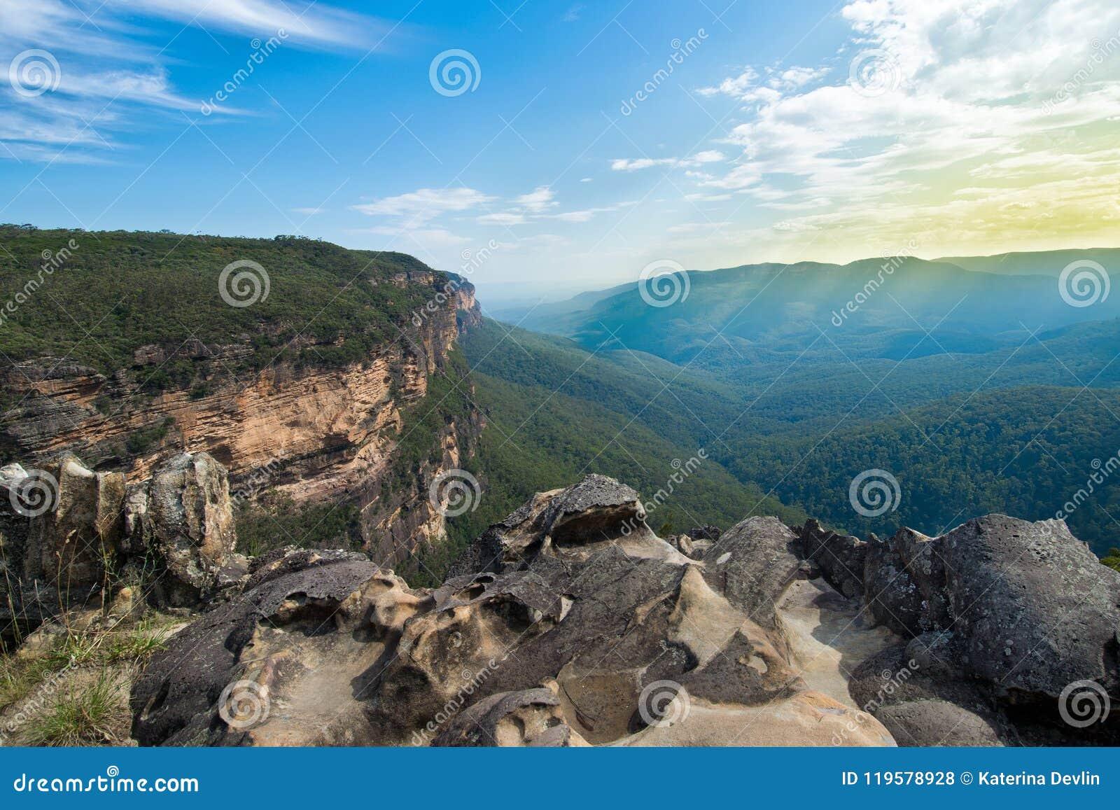 Vooruitzicht over Jamison Valley Blauwe bergen