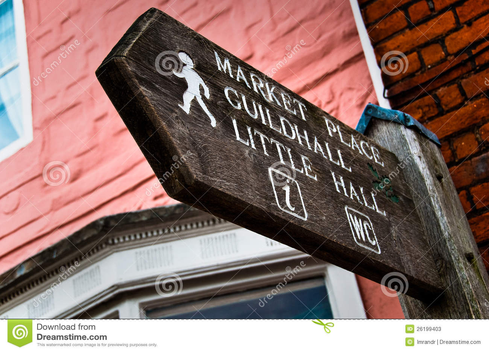 Voorzie aan de plaats van de Markt, Guildhall van wegwijzers