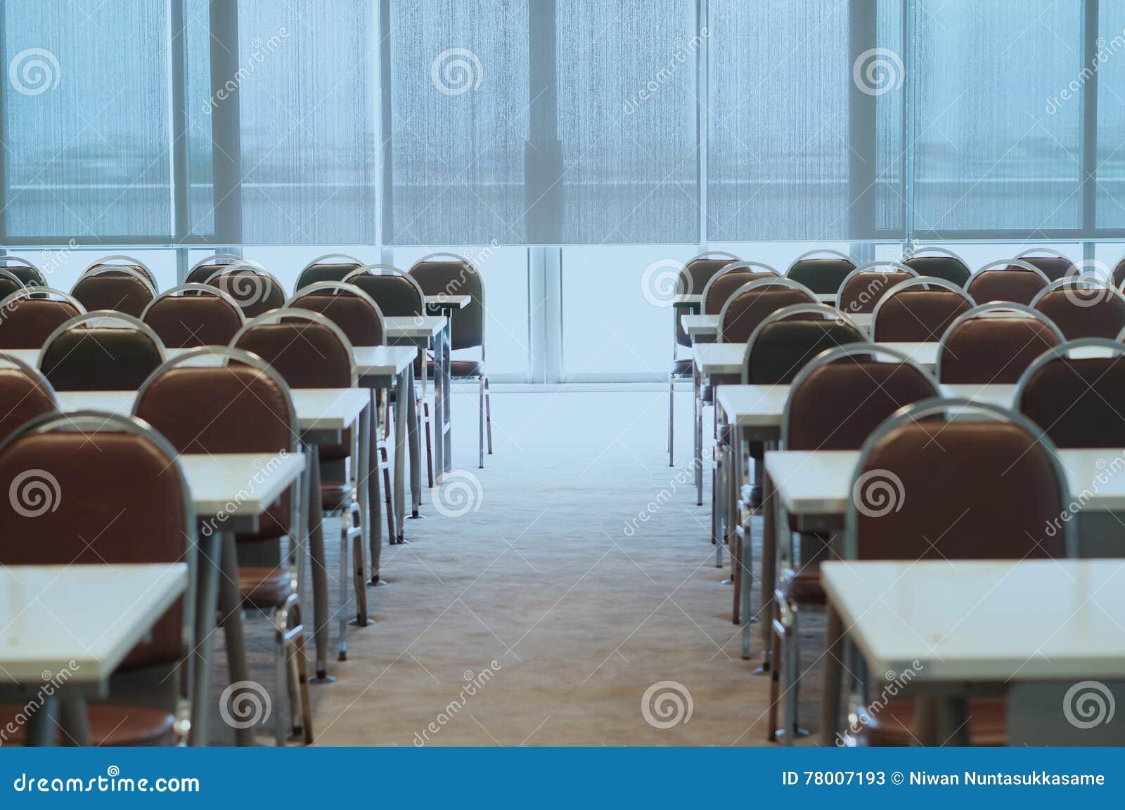 Vorbereiten des Konferenzsaales