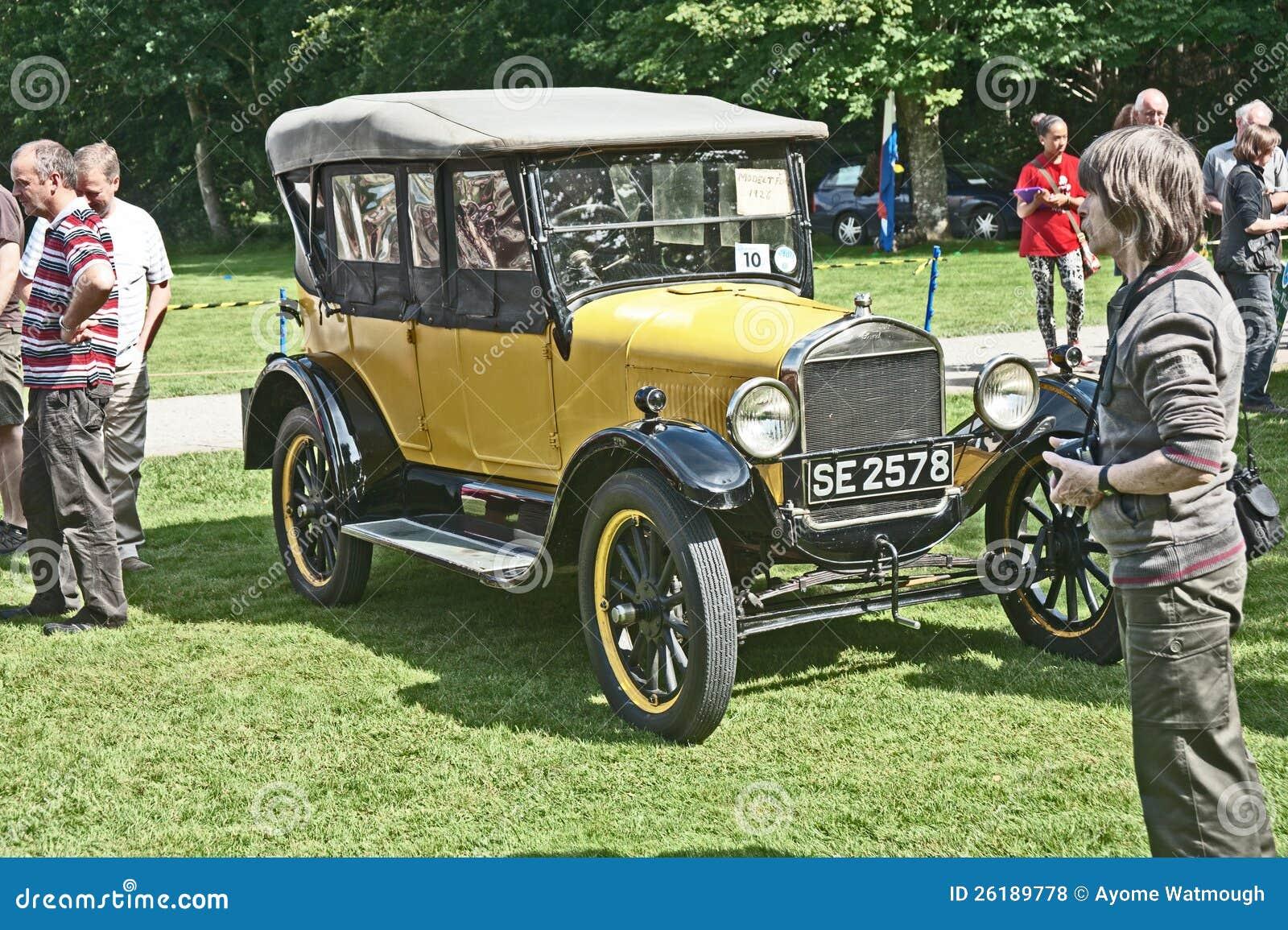 Vorbildliches T offenes Auto Ford-am Brodie Schloss.