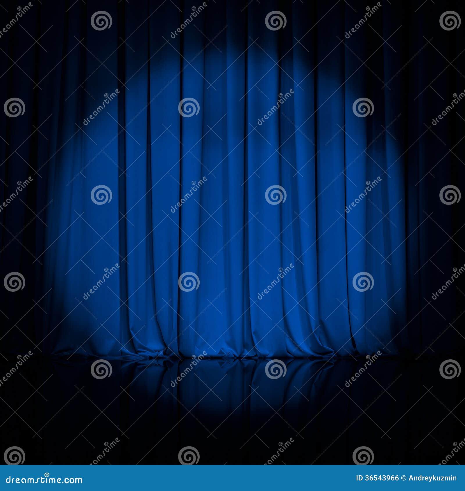 Vorhang oder drapiert blauen Theaterhintergrund