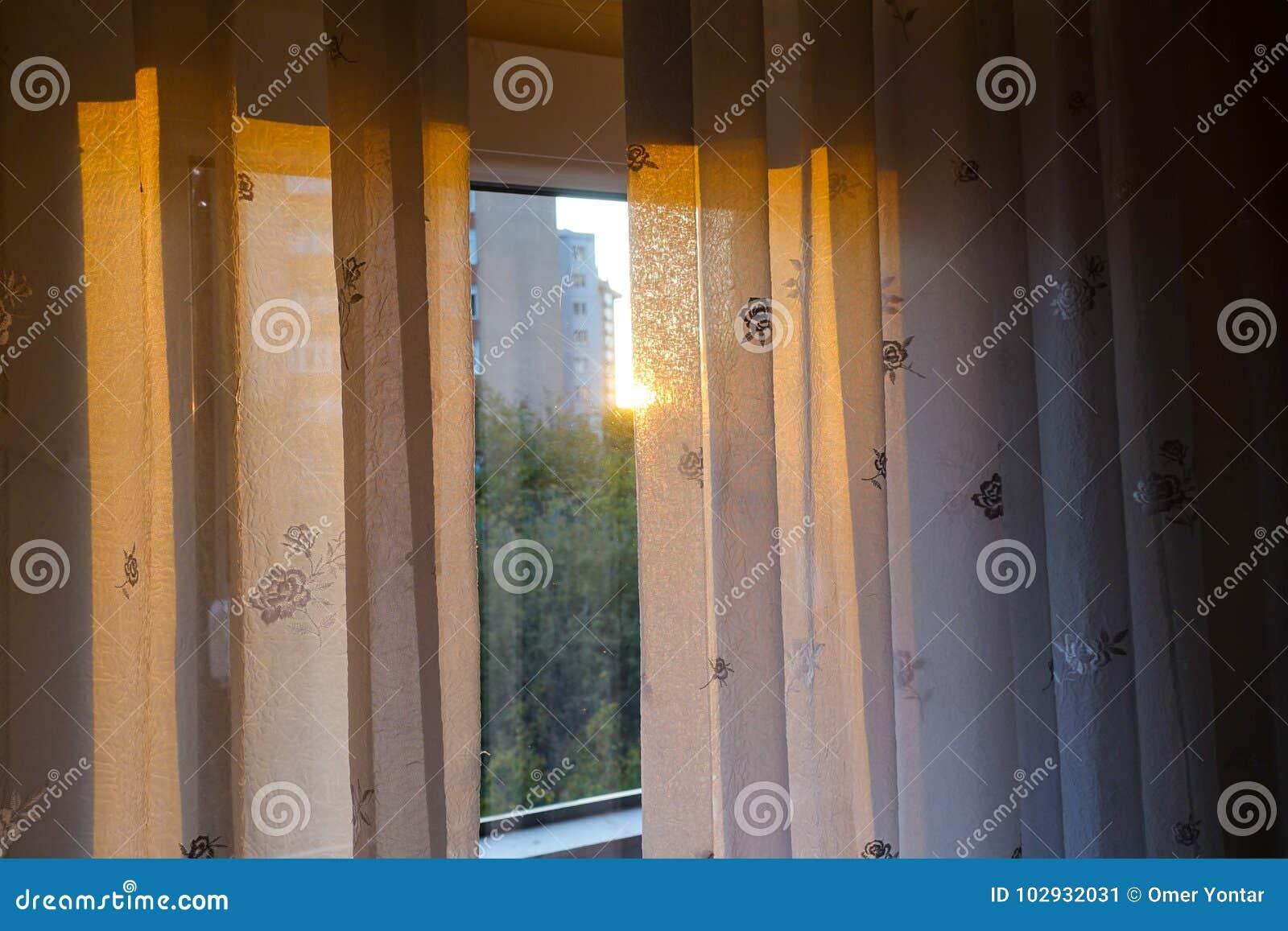 Vorhang und Tageslicht