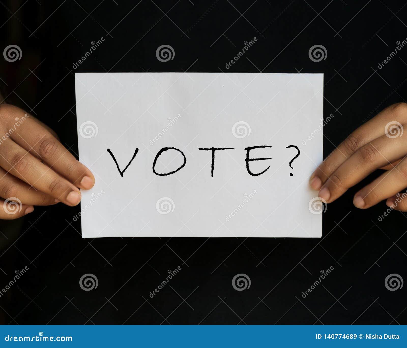 Voto con la pregunta Mark Holding In Hands
