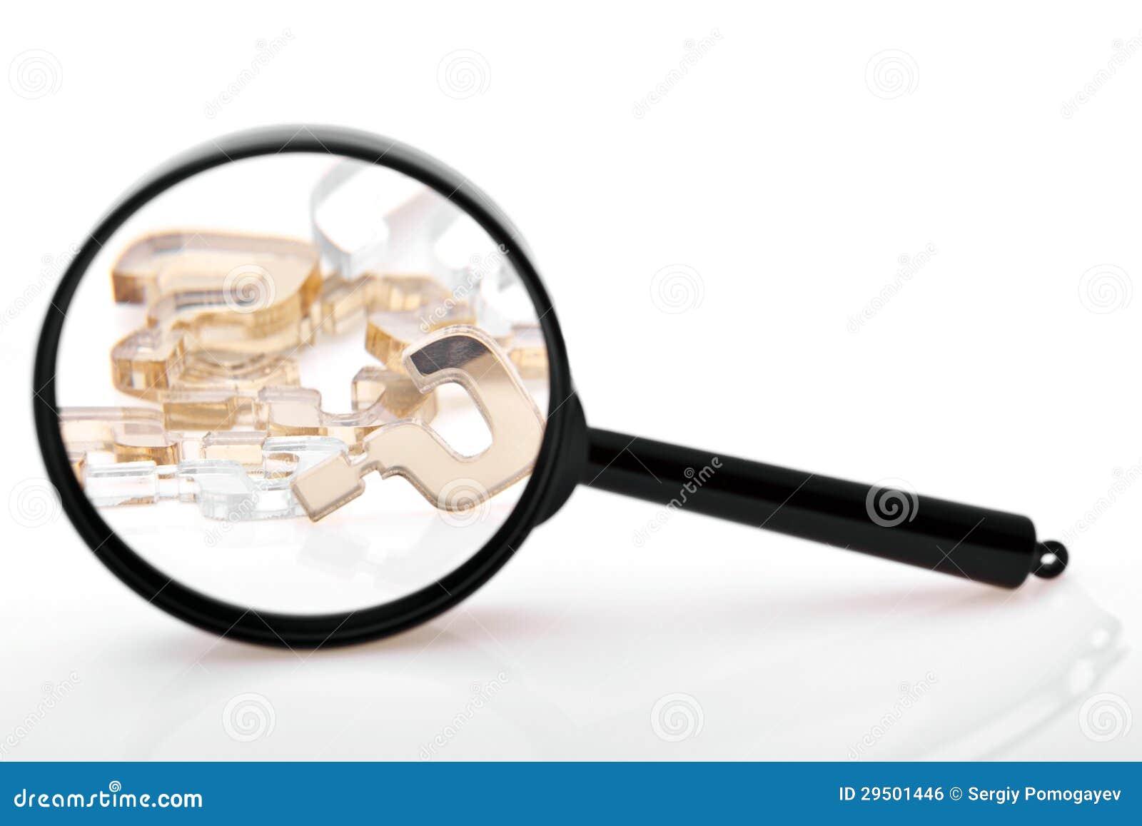 Vraagtekens door meer magnifier