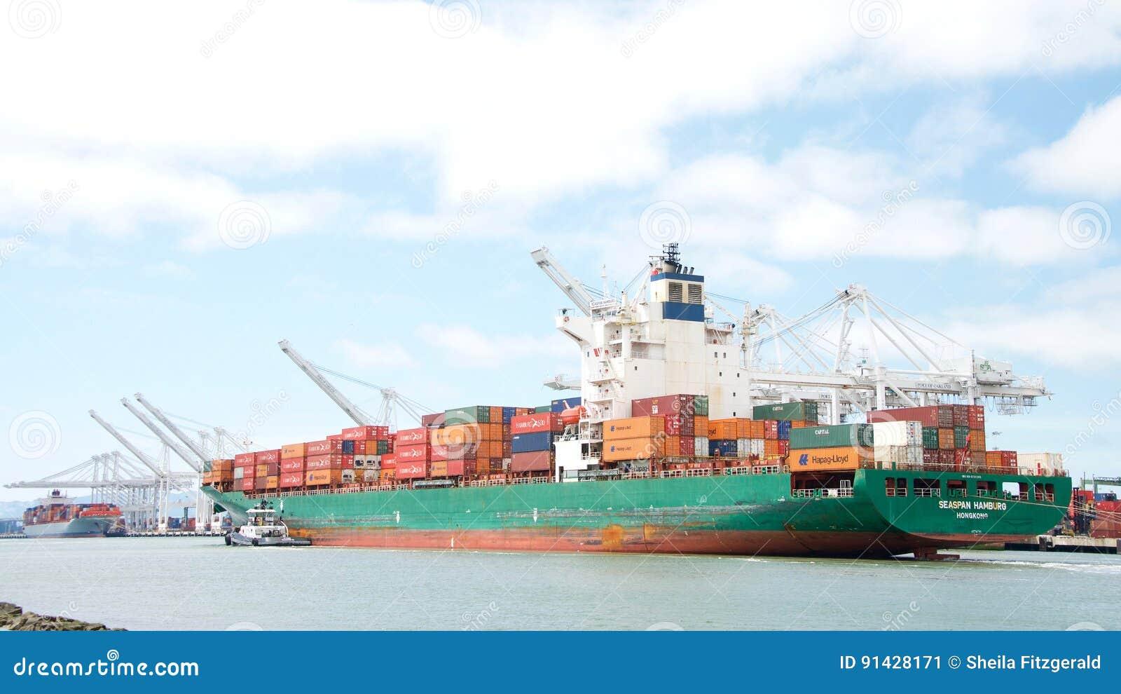Vrachtschip SEASPAN die HAMBURG de Haven van Oakland ingaan