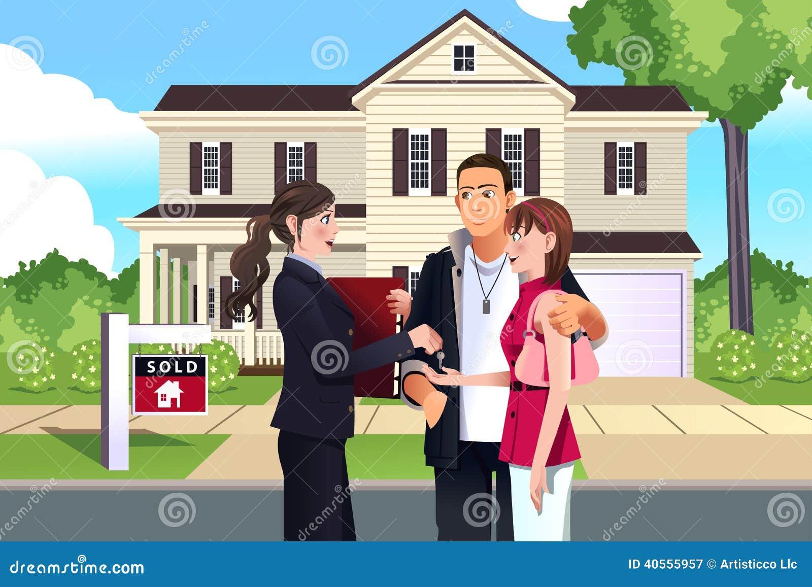 Vrai agent immobilier devant une maison vendue avec son for Com agent immobilier