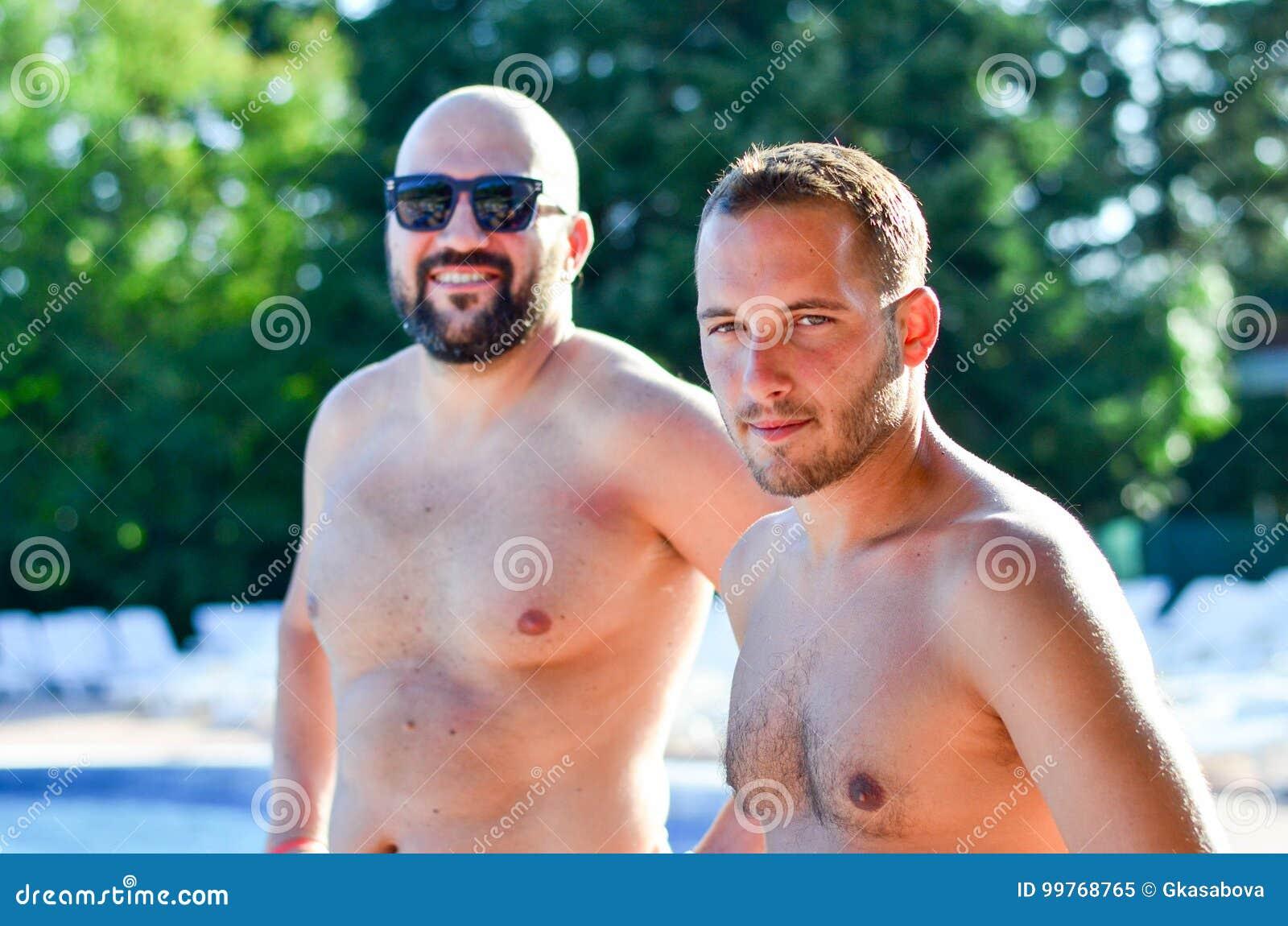 Vrienden op pool