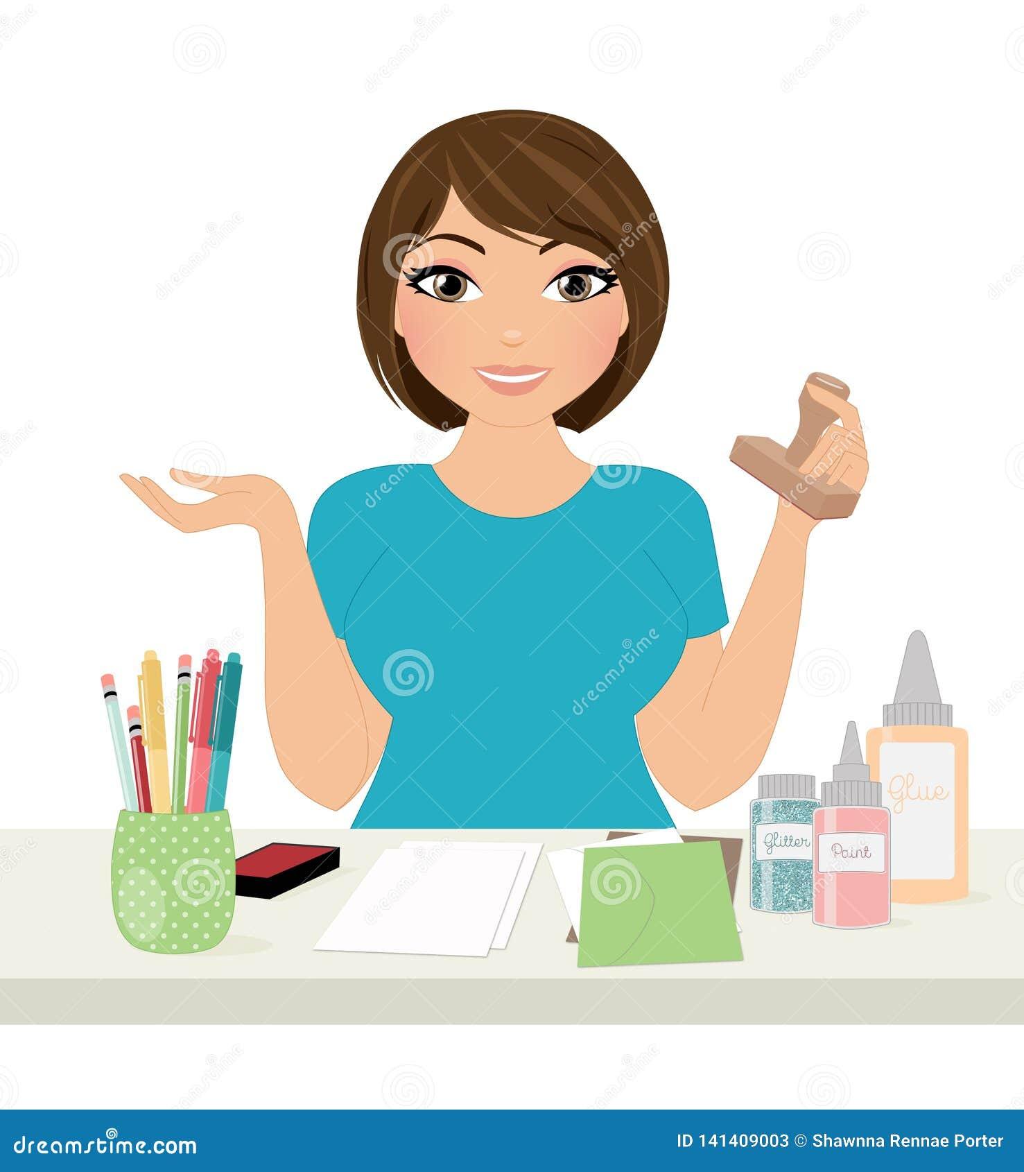 Vrouw crafter bij het werkbureau