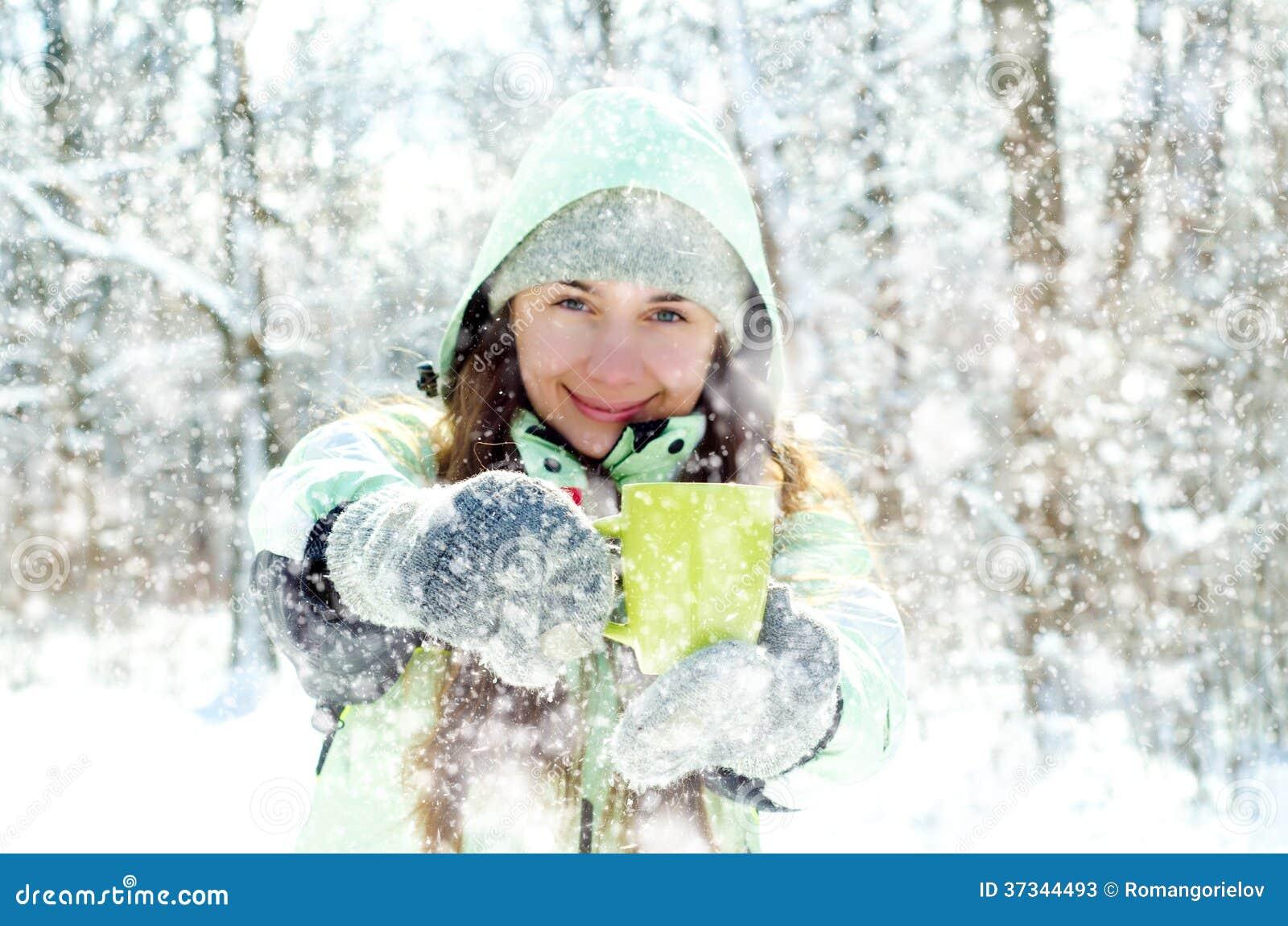 Vrouw in de winter