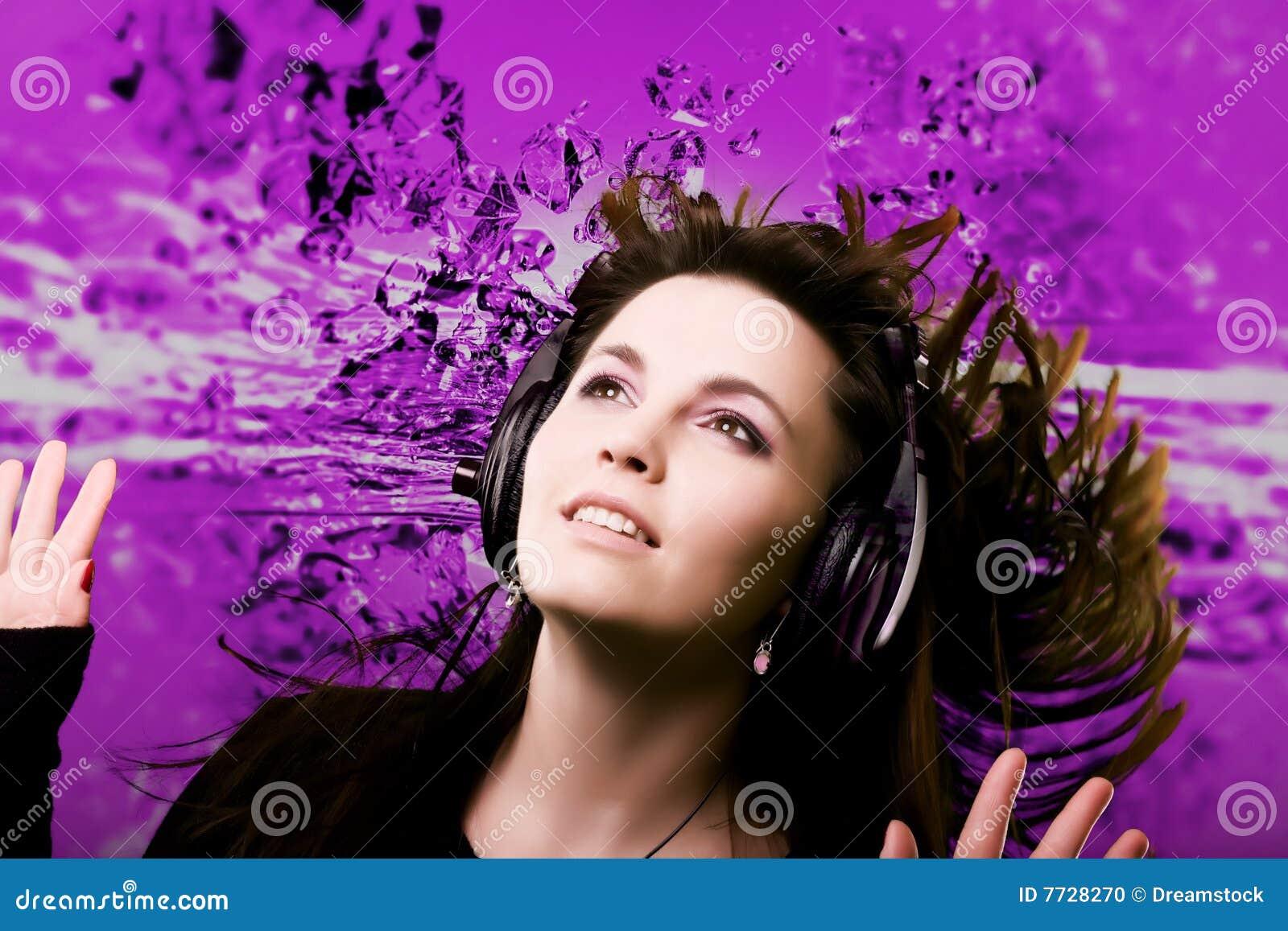 Vrouw en muziek