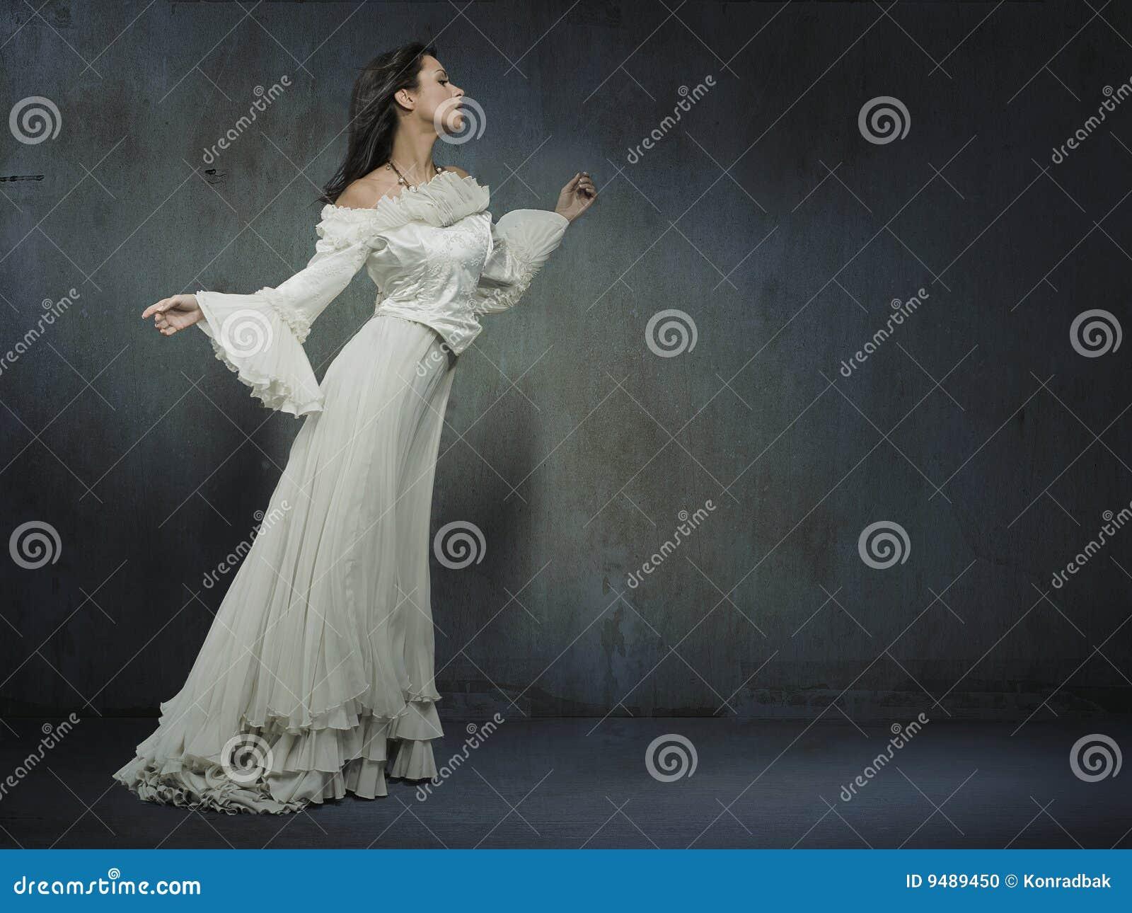 Vrouw in kleding