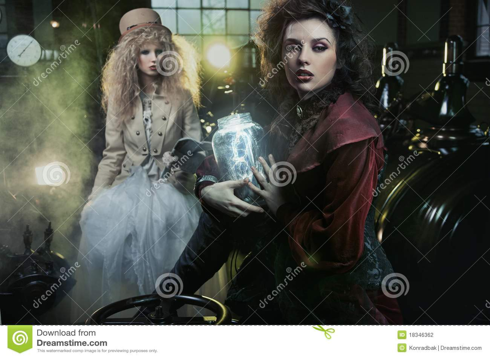 Vrouw met kruik van blikseminslag