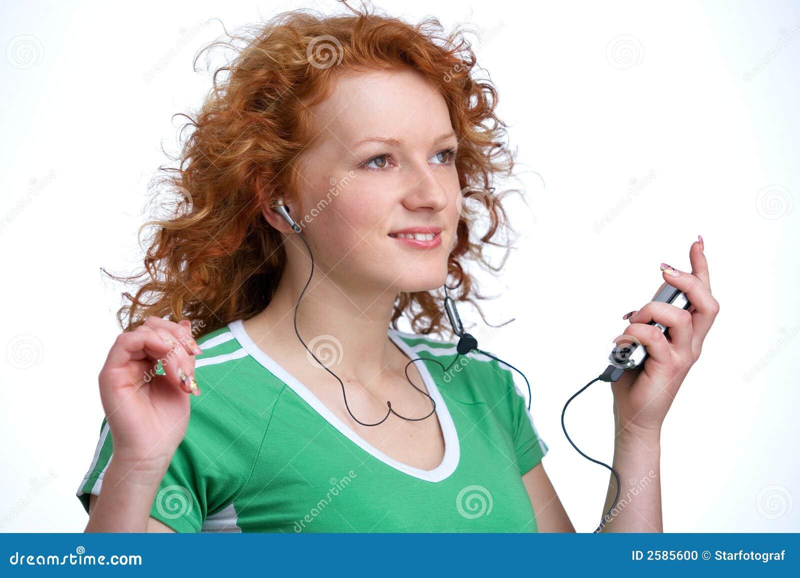 Vrouw met mp3-speler