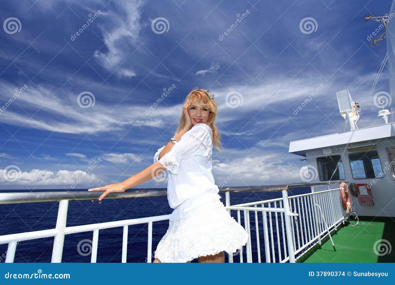 Vrouw op de boot