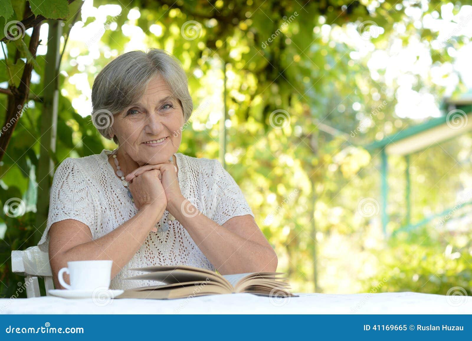 Vrouw op middelbare leeftijd