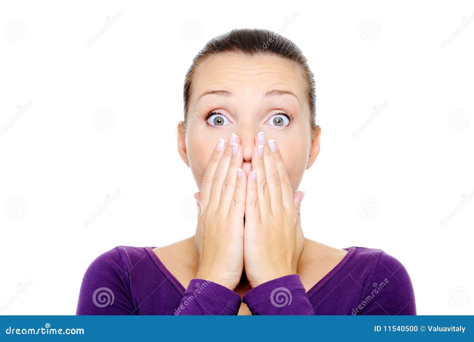 Vrouwelijk gezicht met heldere verrassingsemotie