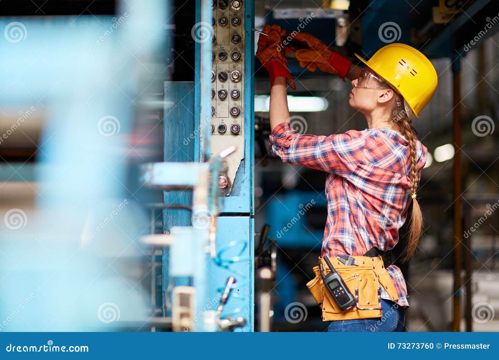 Vrouwelijke technicus
