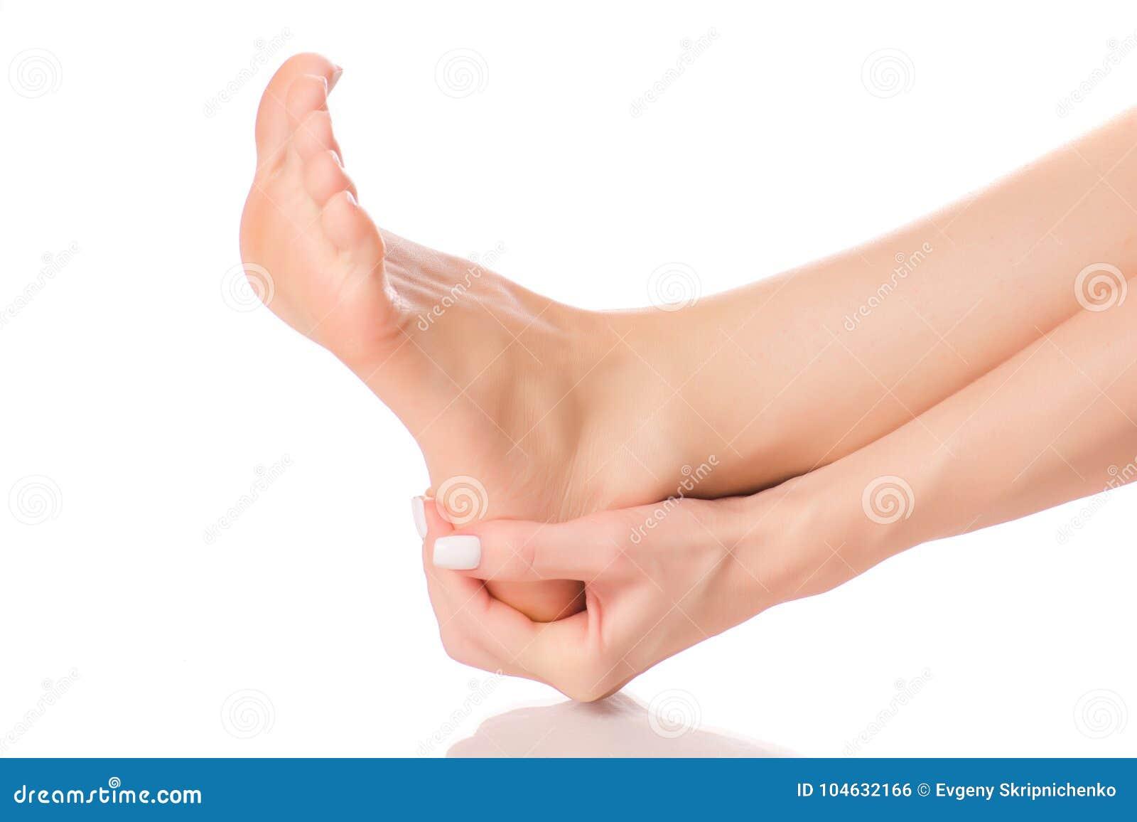 Download Vrouwelijke Van De Hielvoeten Massage Stock Foto - Afbeelding bestaande uit geneeskunde, wapens: 104632166