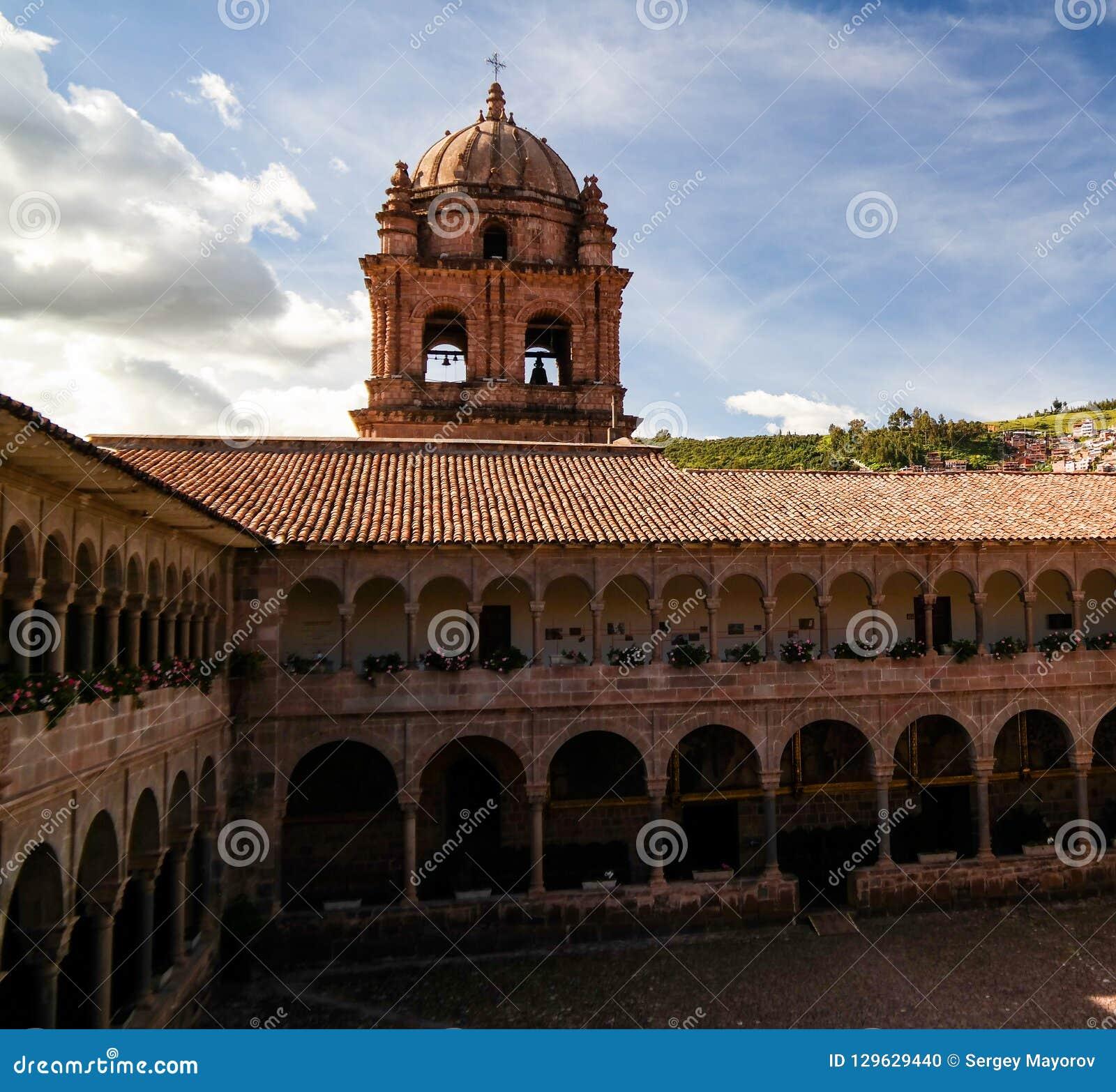 Vue à Coricancha, temple célèbre dans Inca Empire, Cuzco, Pérou