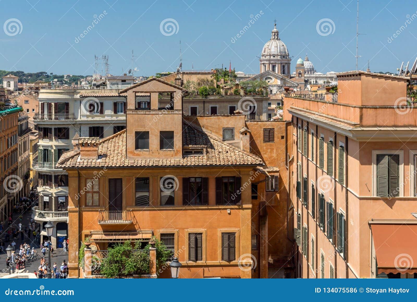 Vue étonnante des étapes espagnoles et du Piazza di Spagna dans la ville de Rome, Italie