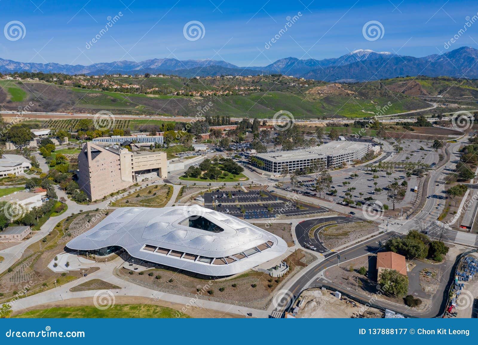 Vue aérienne de l étudiant Services Building du campus de Cal Poly Pomona