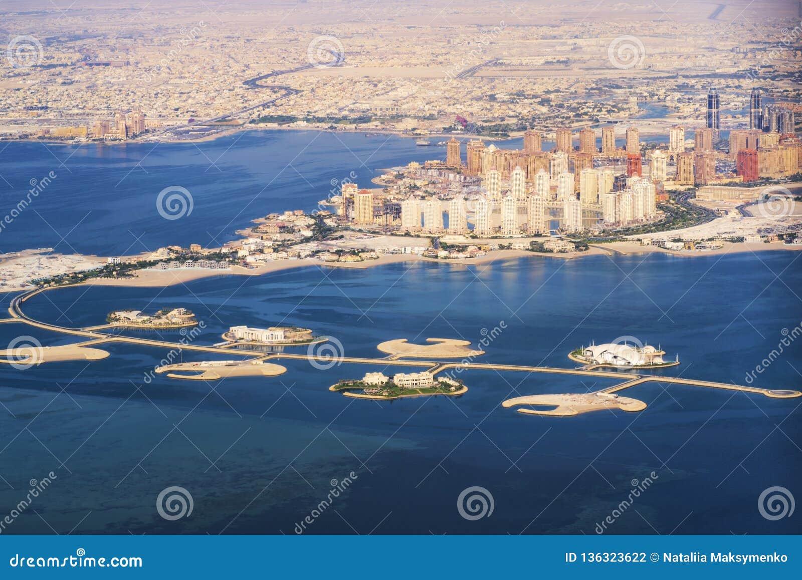 Vue aérienne de l île du Perle-Qatar dans Doha Le Qatar, le golfe Persique Golfe Persique