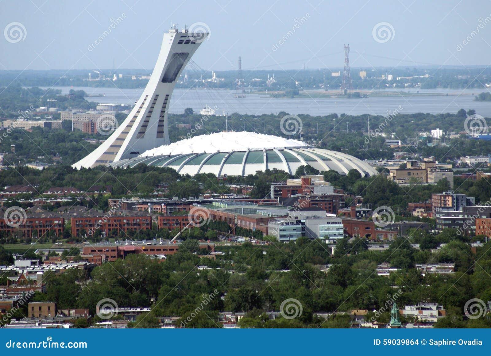 Vue a rienne de la ville du stade olympique et de montr al - Piscine maisonneuve montreal quebec rouen ...
