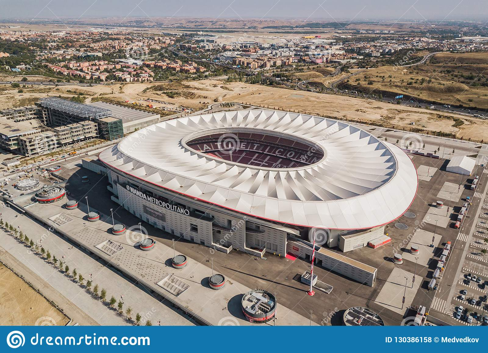 Vue Aérienne De Wanda Metropolitano Stadium à Madrid Photo ...