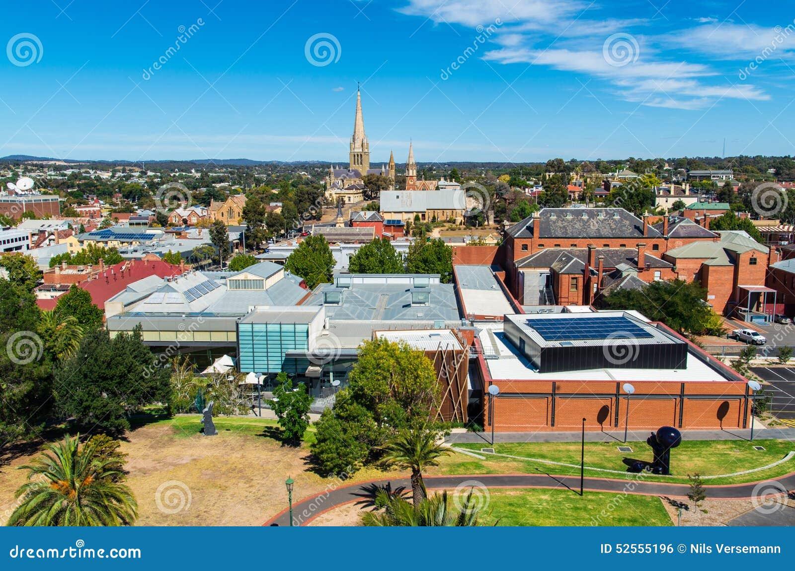Vue aérienne du Bendigo Art Gallery et cathédrale sacrée de coeur, Australie