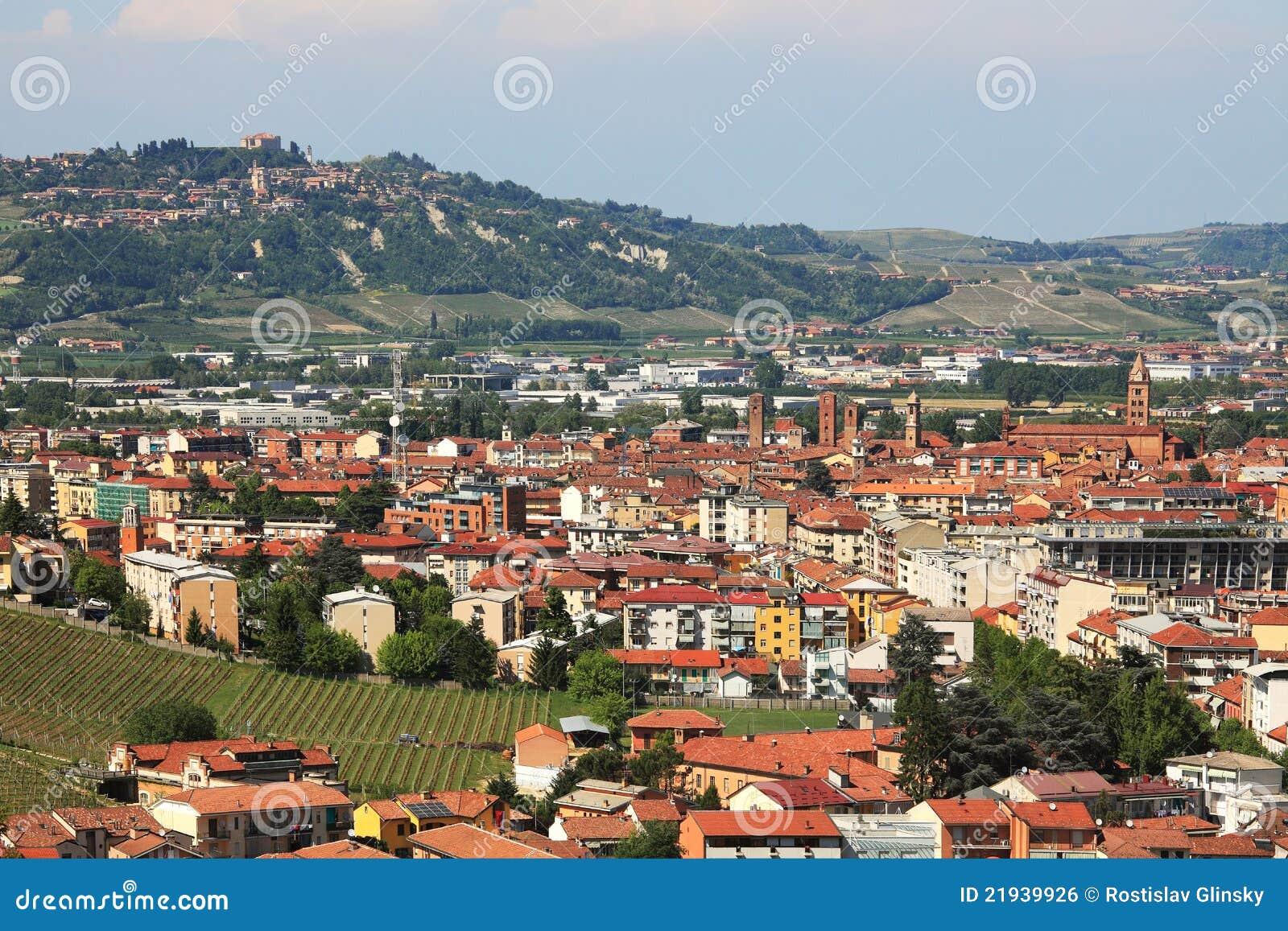 Vue a rienne sur alba pi mont italie image libre de droits image 21939926 - Alba italie office du tourisme ...