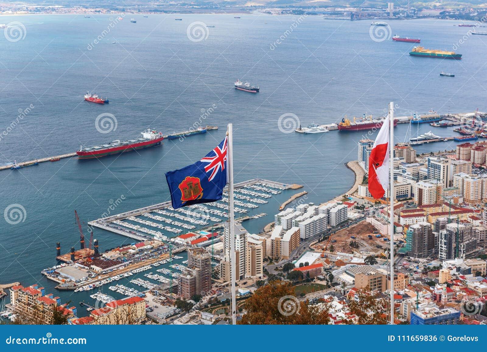 Vue aérienne sur le Gibraltar - territoire d outre-mer britannique