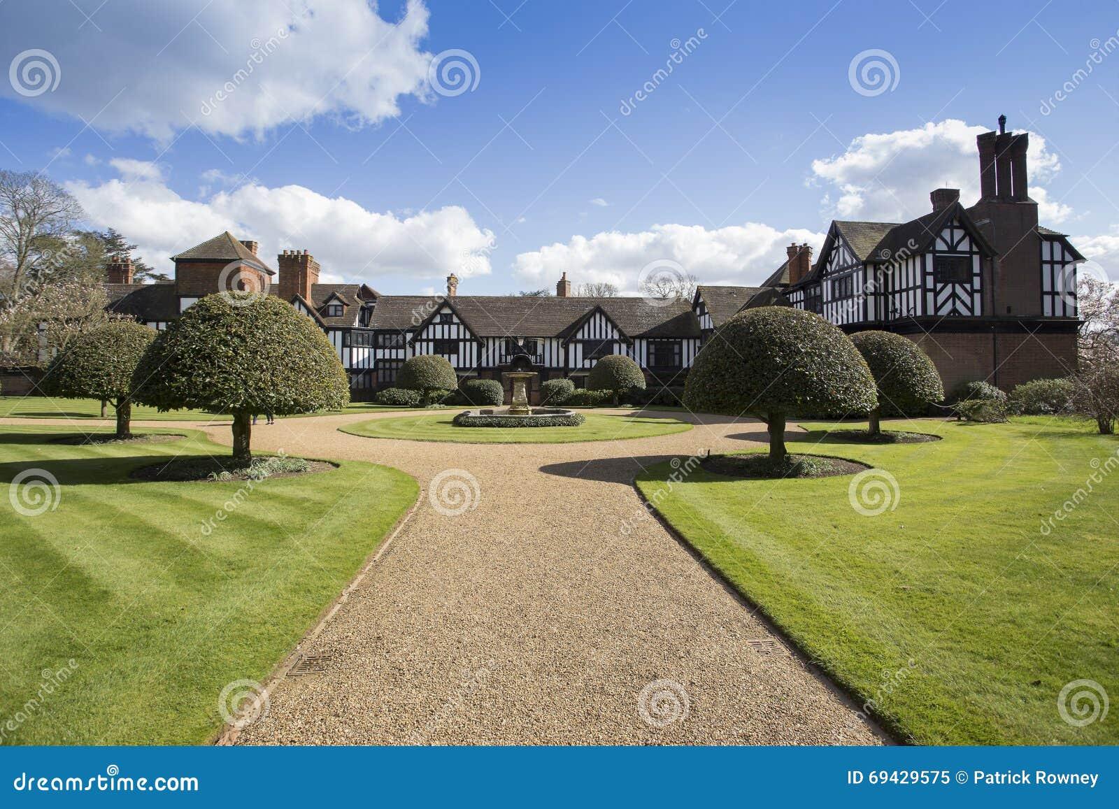 Vue arrière de Chambre d Ascott dans Buckinghamshire Angleterre