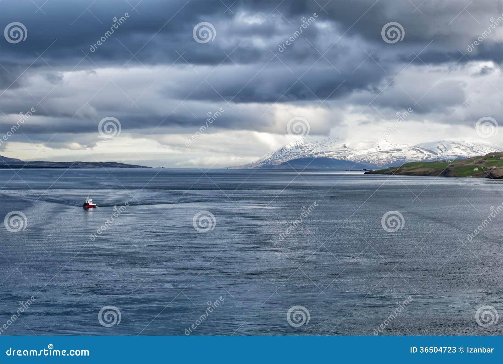 Vue côtière d Akureyri Islande