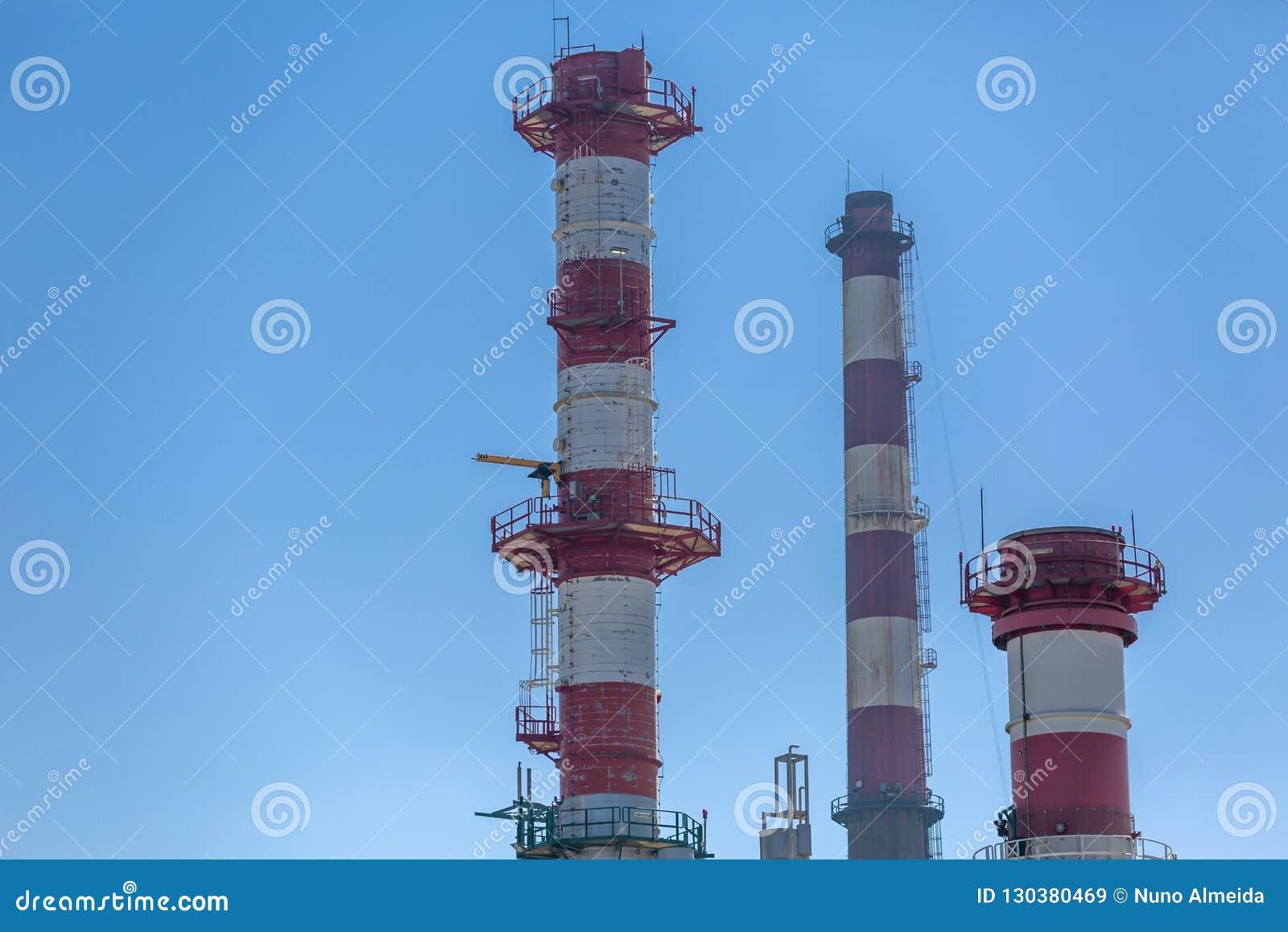Vue détaillée de partie, complexe industriel de raffinerie de pétrole