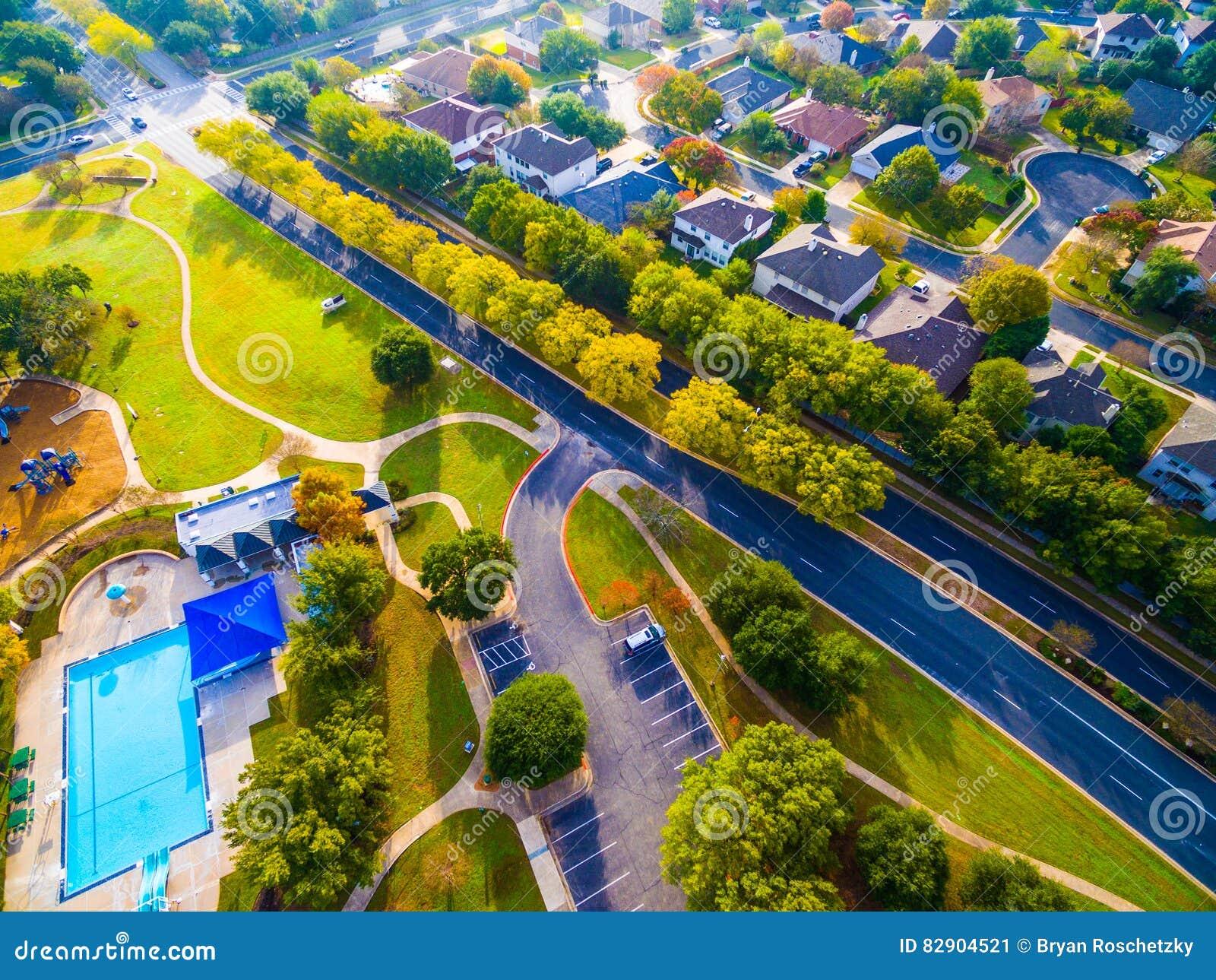 Vue d oeil d oiseaux Autumn Colors Aerial sur les maisons historiques dans Austin, le Texas