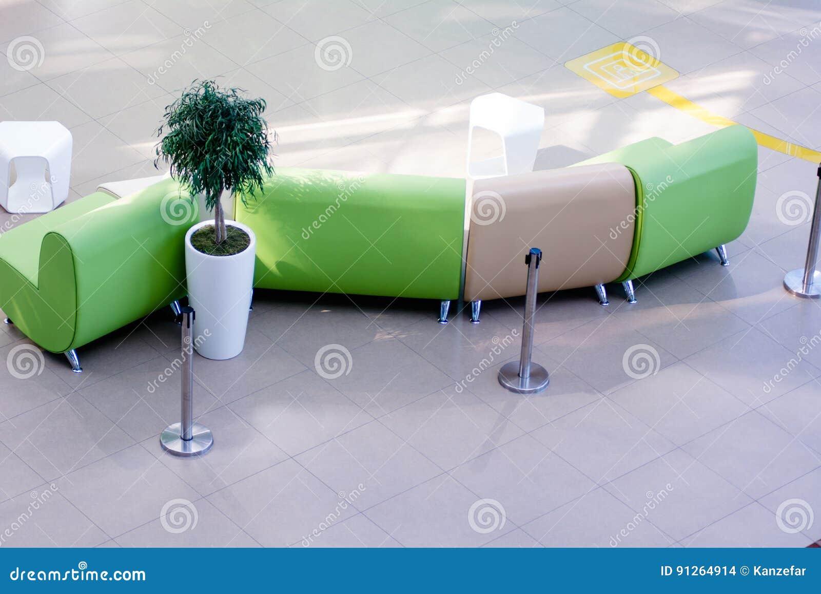 vue de ci dessus des fauteuils en cuir sofas photo stock image du architecture note 91264914. Black Bedroom Furniture Sets. Home Design Ideas