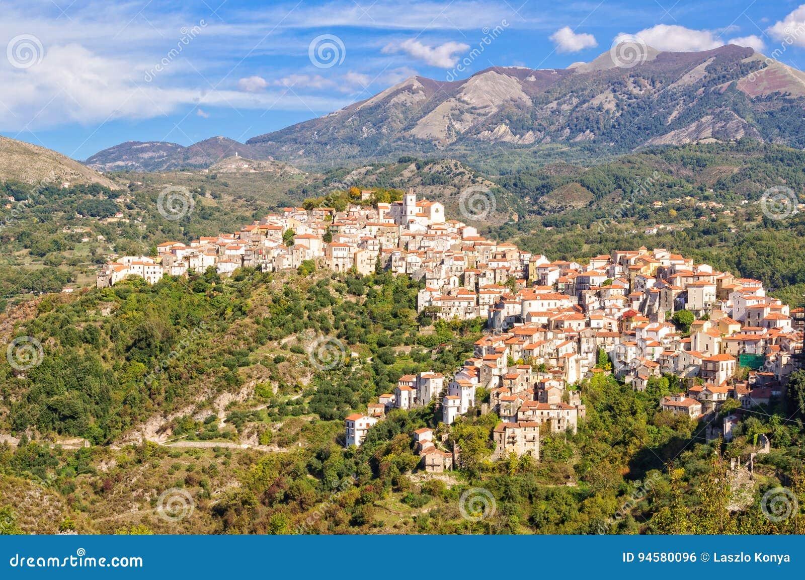 Vue de colline-ville - Rivello