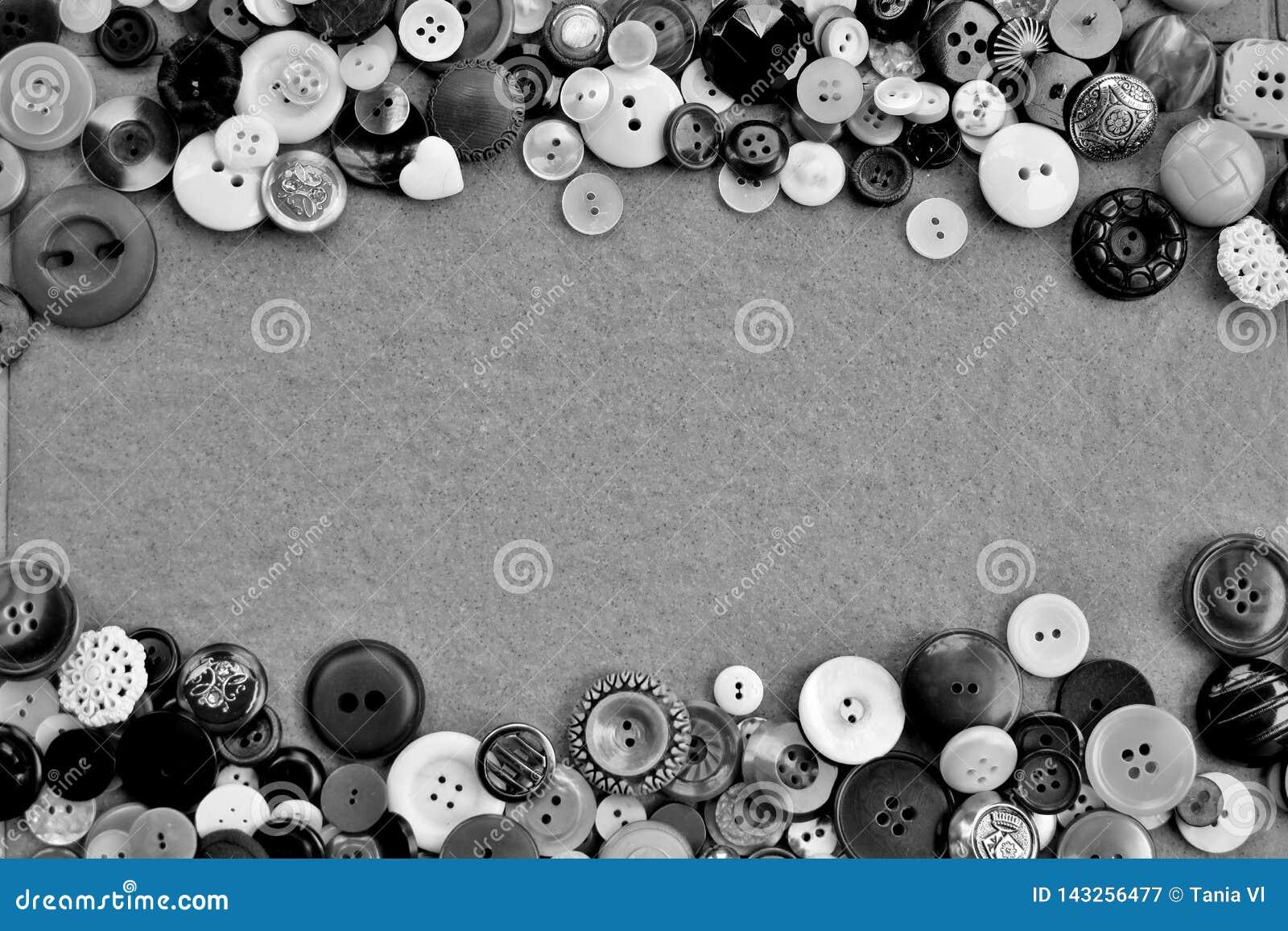 Vue de différents boutons en noir et blanc