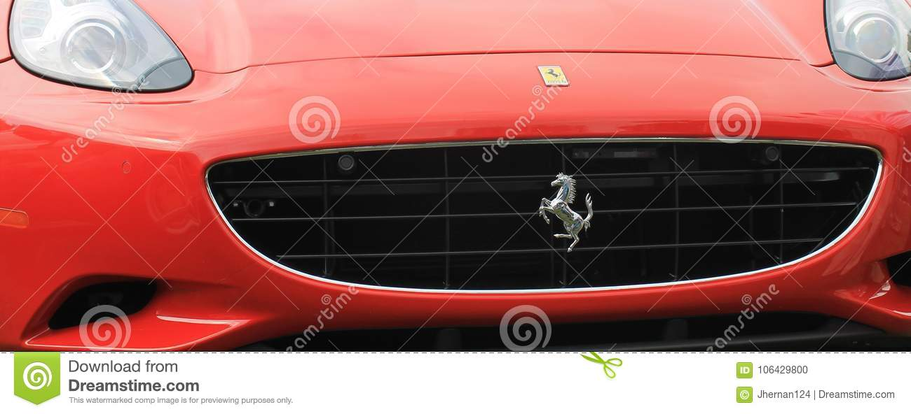 vue de face de voiture de sport rouge stock photos 145 images. Black Bedroom Furniture Sets. Home Design Ideas