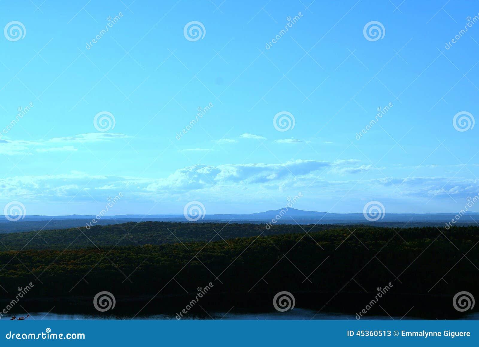 Vue de falaise de Maine