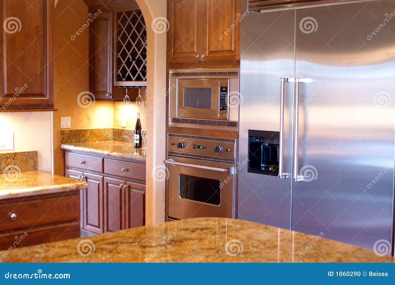 Vue de luxe de cuisine de chambre photo stock image 1060290 - Cuisine americaine de luxe ...