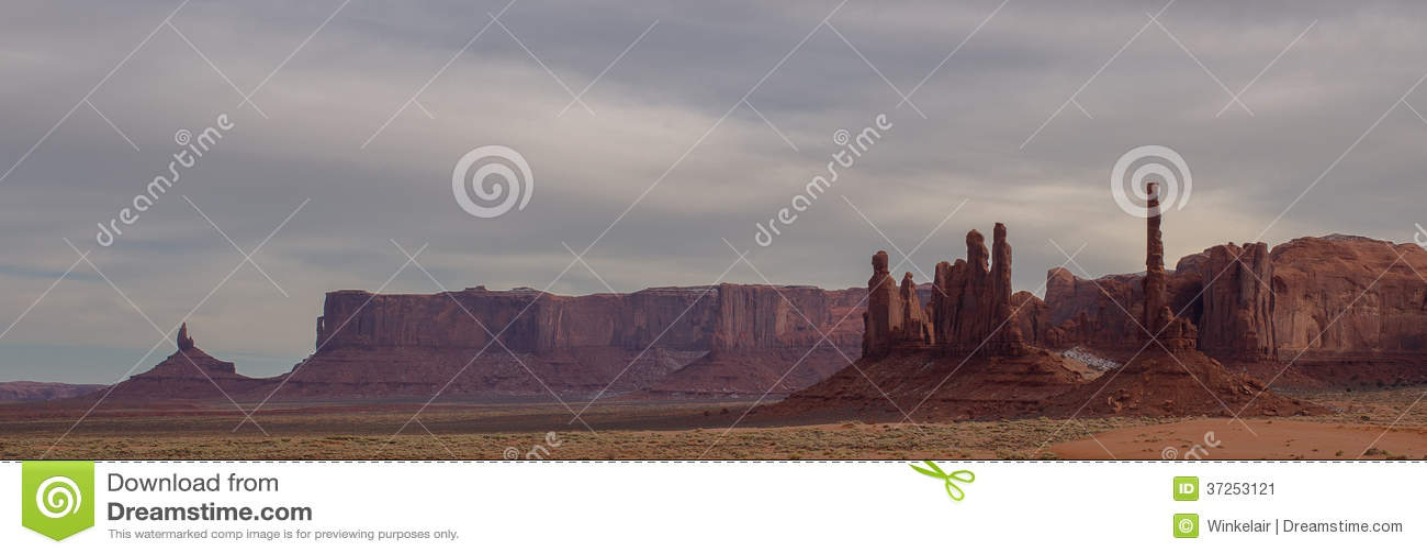 Vue de panorama de vallée de monument